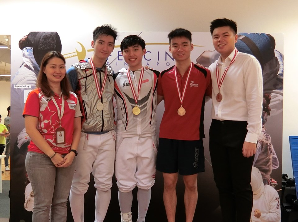3 gold medals for Blade Club fencers at Senior competition